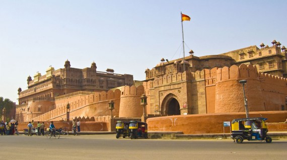 exterior-of-junagarh-fort-bikaner