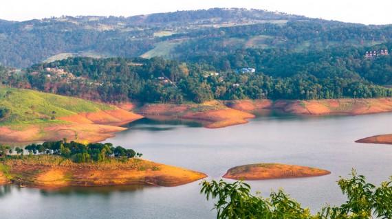 beautiful-panoramic-view-umiam-lake-shillong