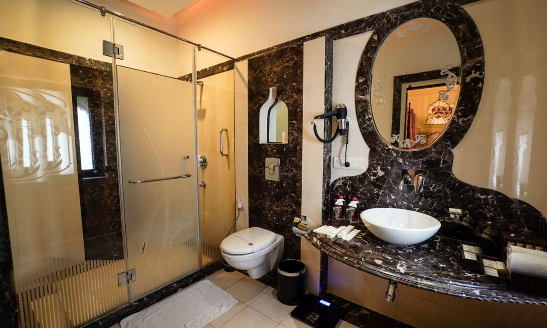 Bathroom, Shahpura House Jaipur