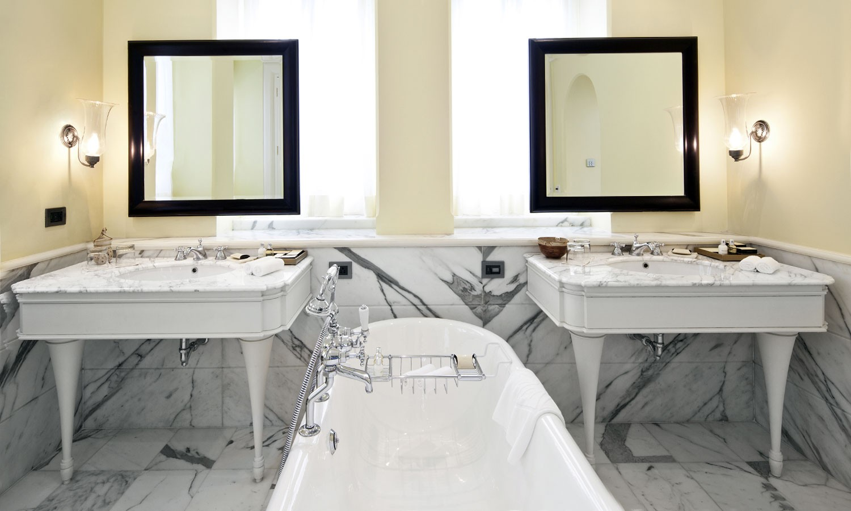 Bathroom Taj Palace Mumbai