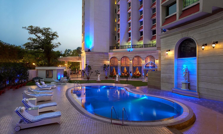 Pool The Royal Plaza Delhi