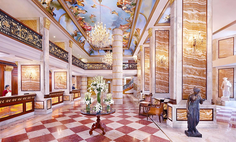 Lobby The Royal Plaza Delhi