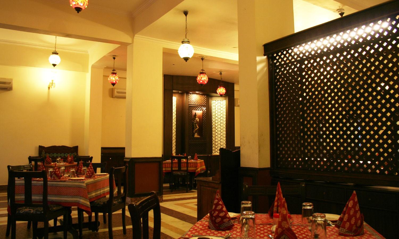 Restaurant, Hotel Pratap Palace