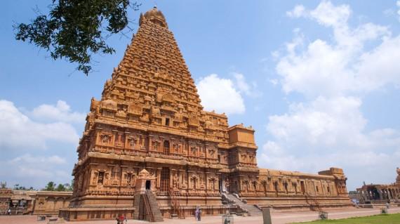 brihadeeswarar-temple-tanjore