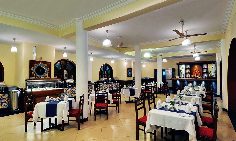 Restaurant Radisson Candolim Goa