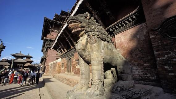 shiv-parvati-yemple-kathmandu