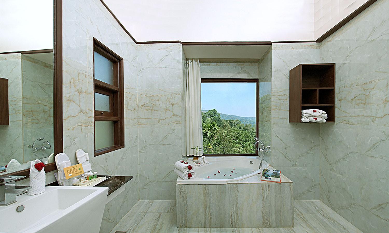 Bathroom Thekkady wild Corridore