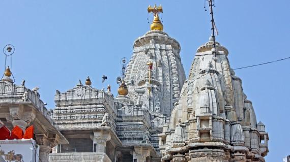 jain-temple-udaipur